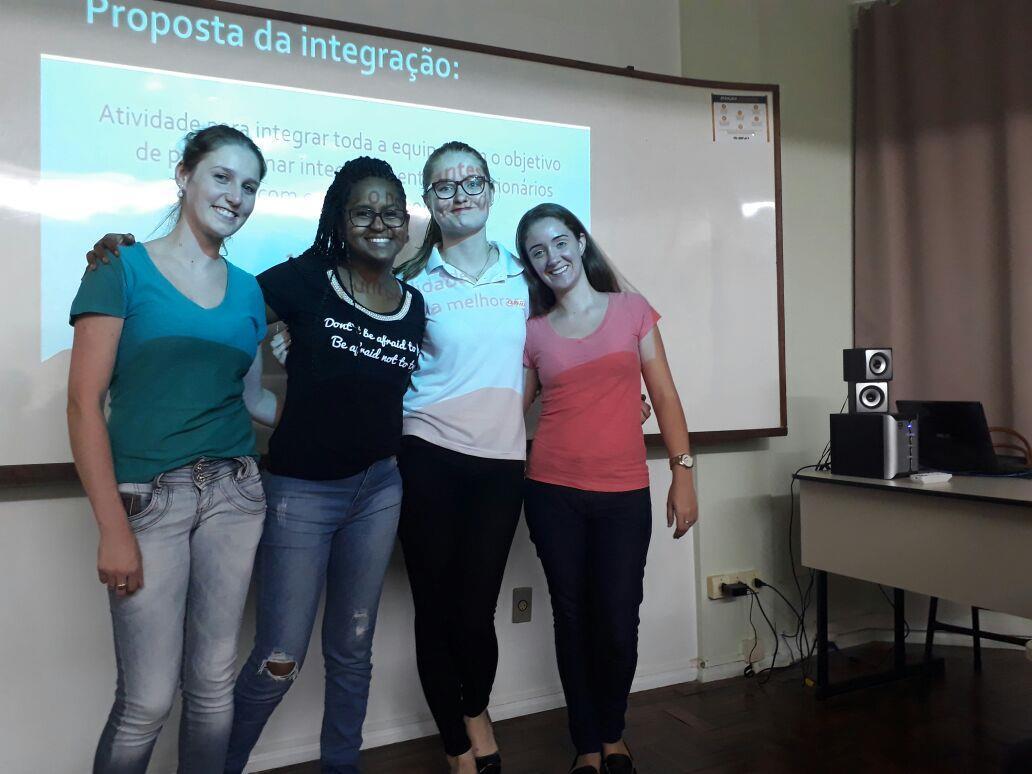 Alunos aprendem sobre integração nas organizações elaborando atividades para novos colaboradores