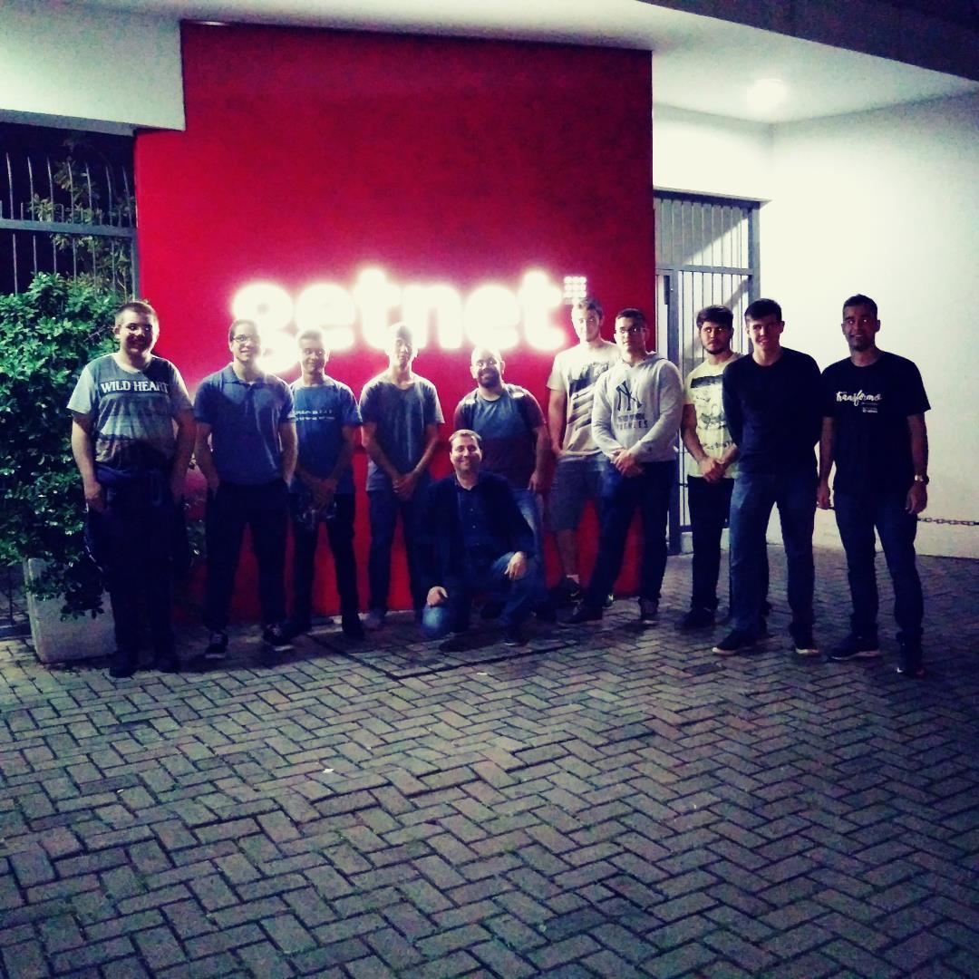 Aprendendo na prática: estudantes do Curso Técnico em Informática da IENH visitam a empresa Getnet