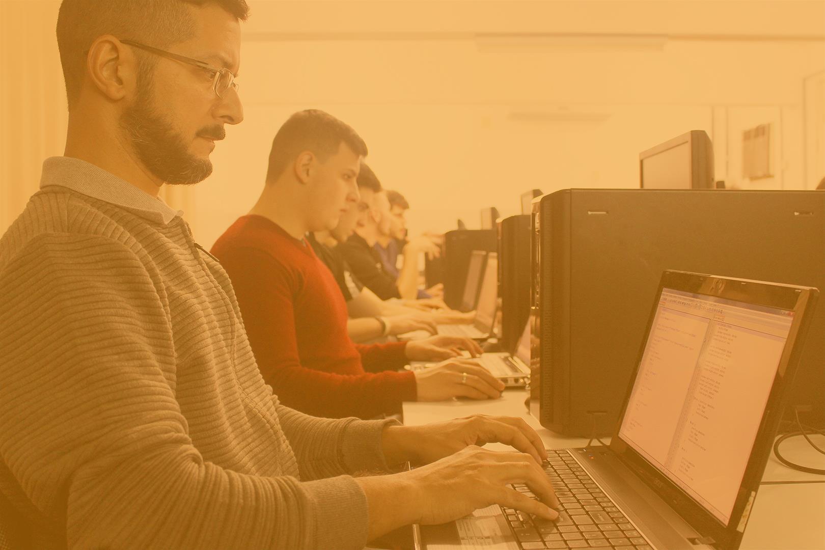 Curso Técnico em Informática está com turma completa