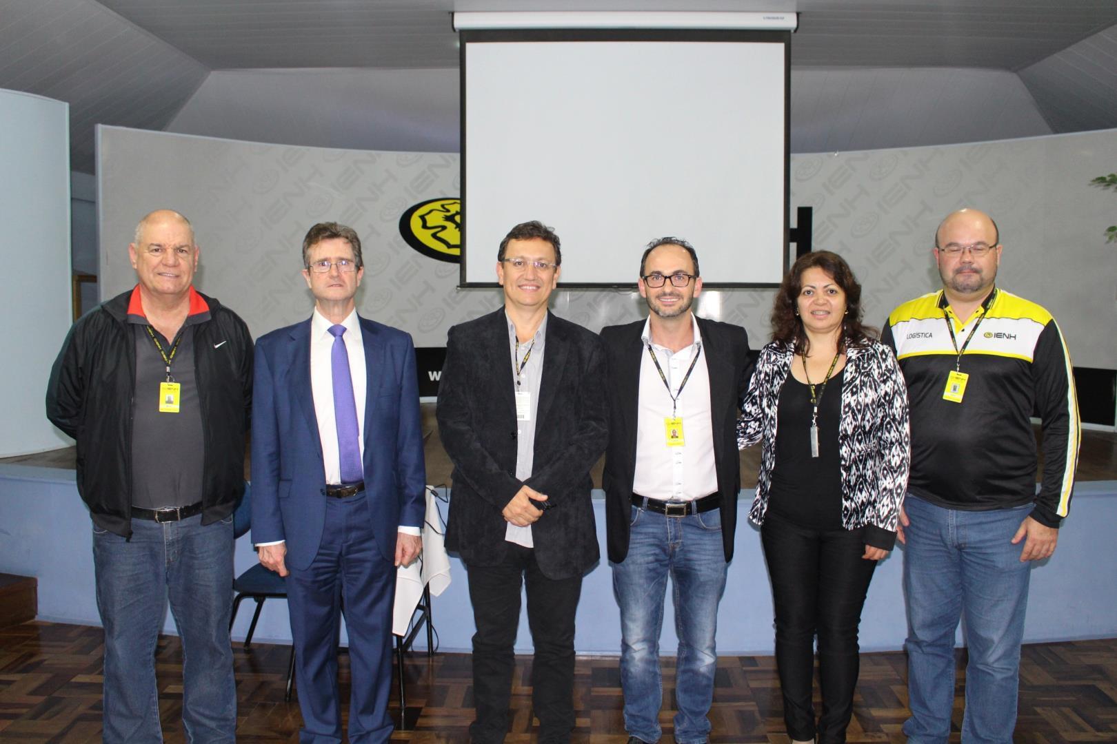 """Cursos Técnicos realizam evento """"Oportunidades em foco"""""""