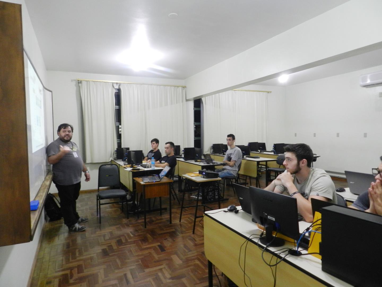 Desenvolvimento Móvel Multiplataforma é tema de Curso na IENH