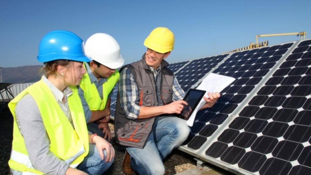 Energia Solar Fotovoltaica é tendência no mercado e tema do Curso de Extensão da IENH