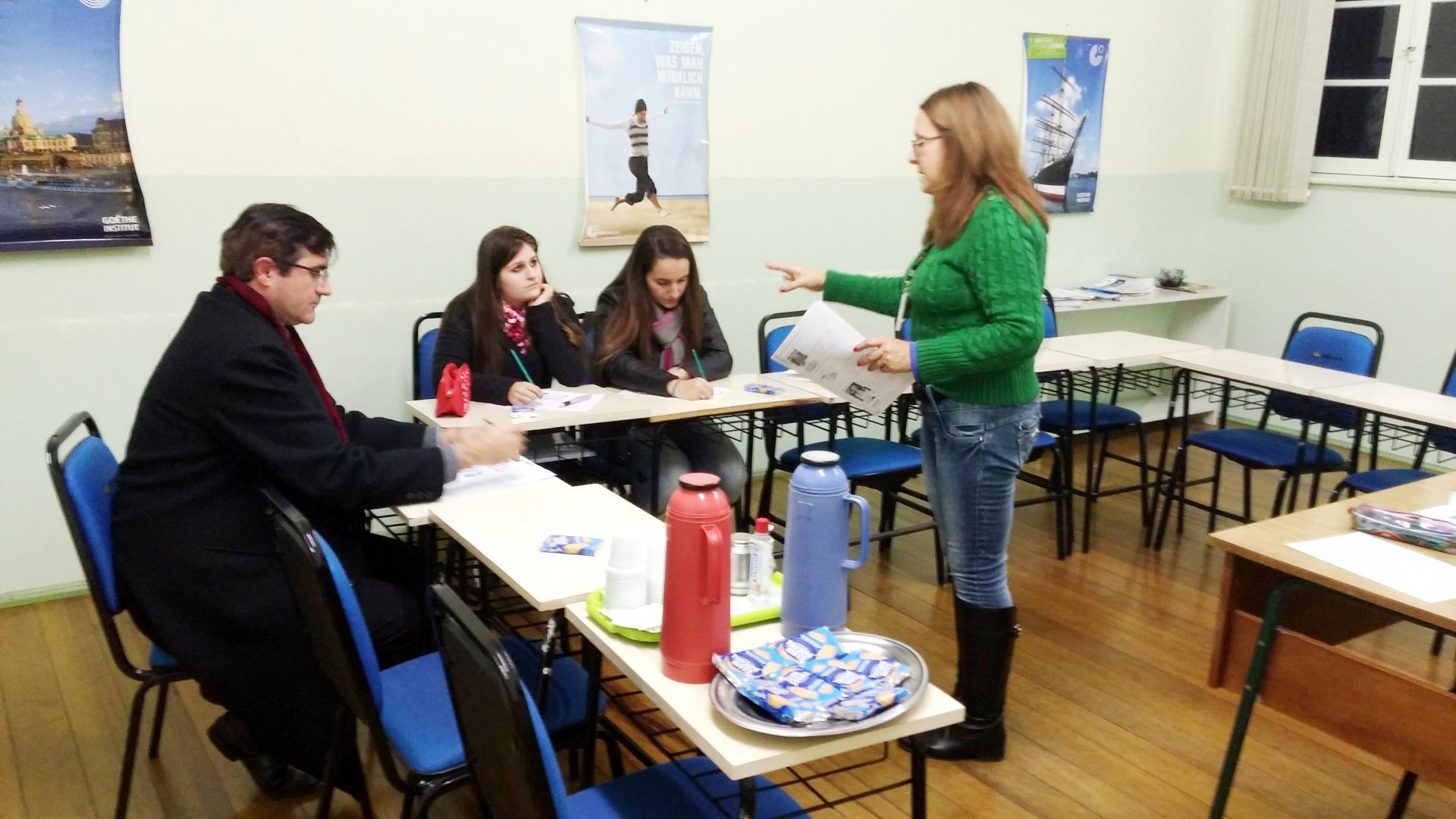 IENH Idiomas realiza aula aberta gratuita de Inglês