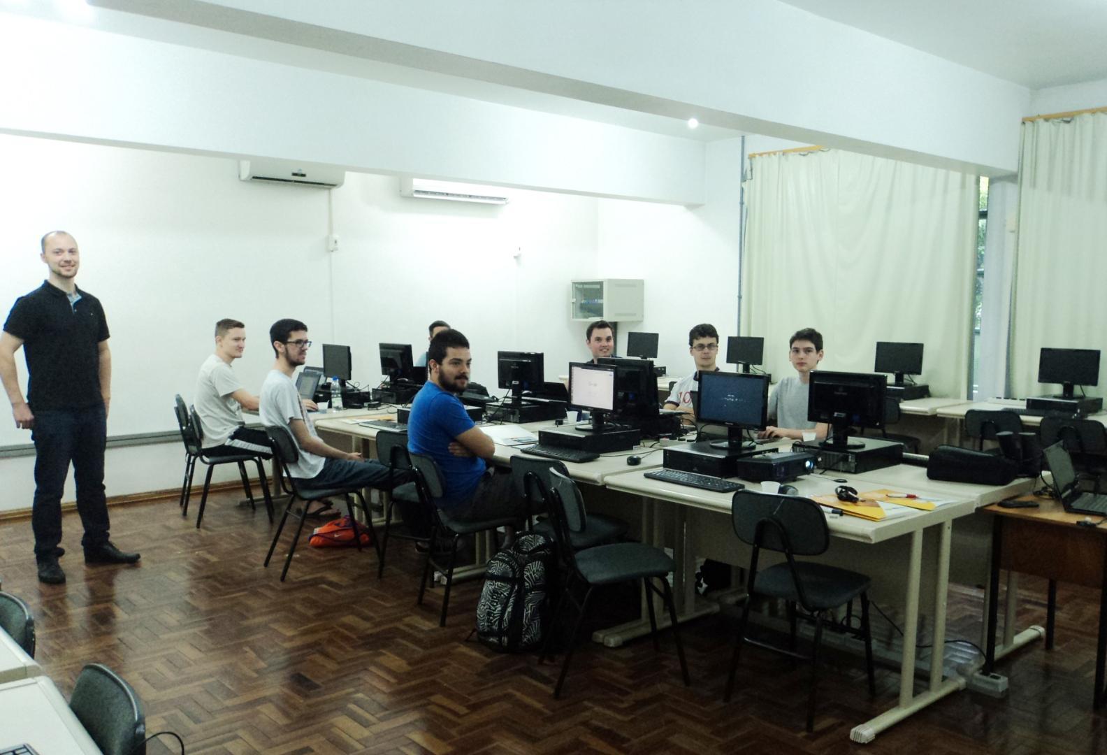 IENH promove Curso de Extensão em Linux