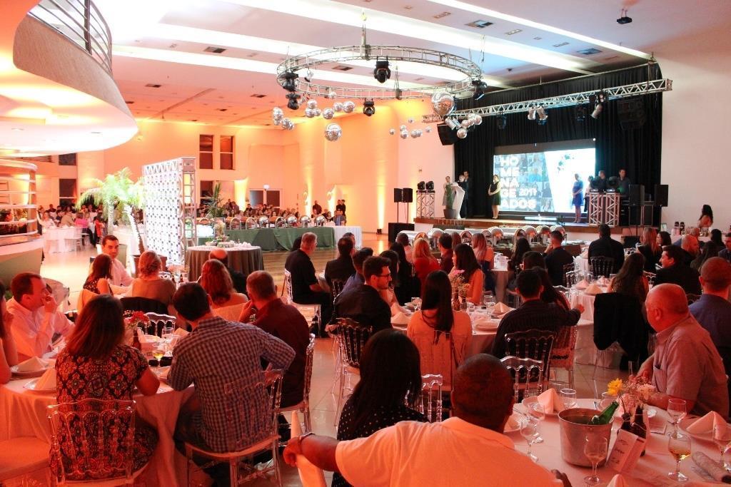 IENH promove Jantar de Confraternização