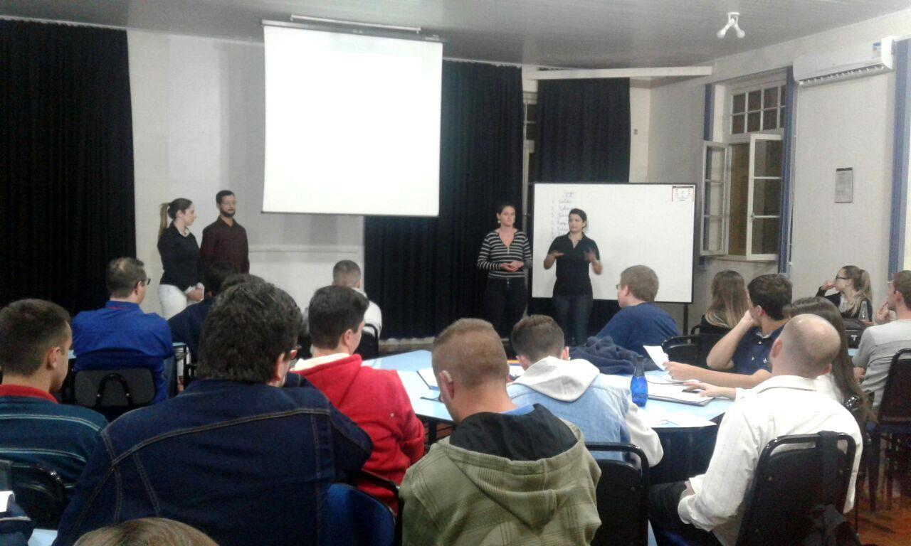 IENH realiza aula gratuita sobre Clínica Empresarial