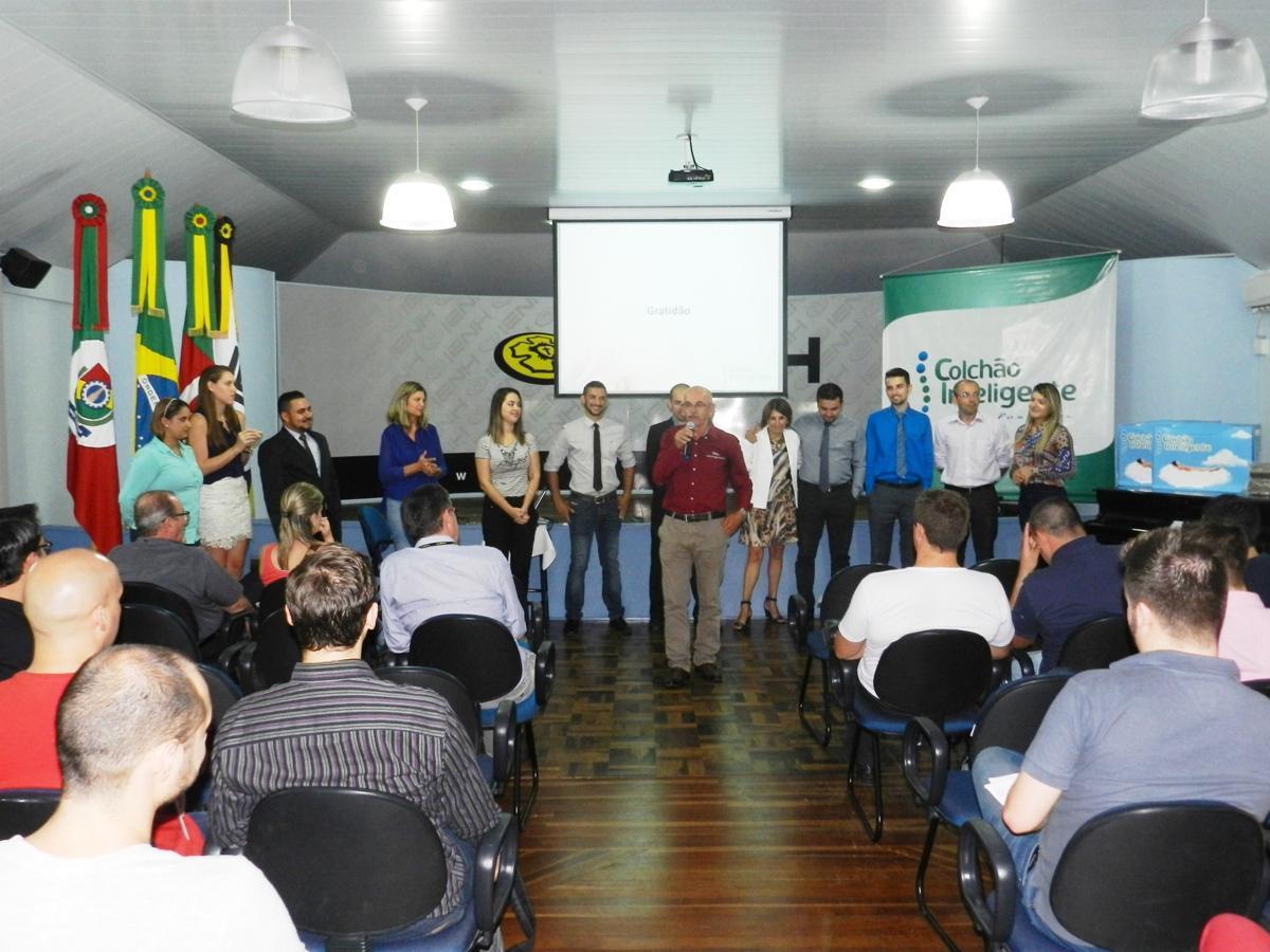 IENH realiza capacitações gratuitas na área de gerenciamento e administração