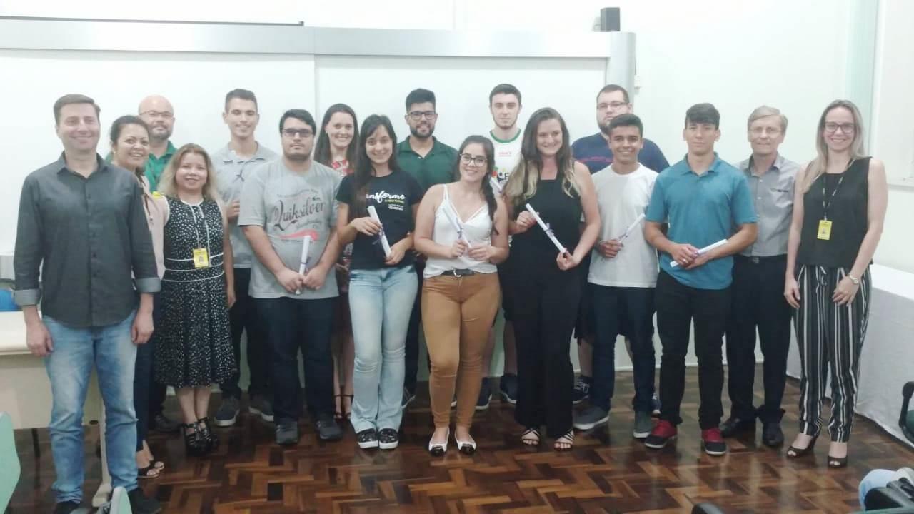 IENH realiza formatura dos Cursos Técnicos e do Ensino Superior