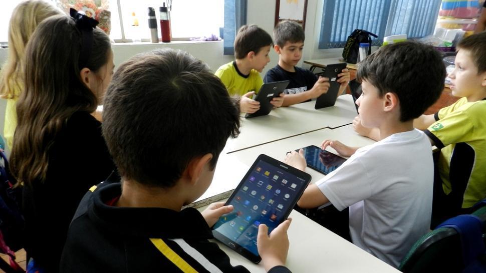 Inovação e qualificação do ensino: IENH investe em tecnologia
