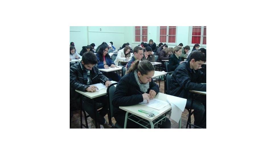 Bolsas de Estudo para Cursos Técnicos da IENH