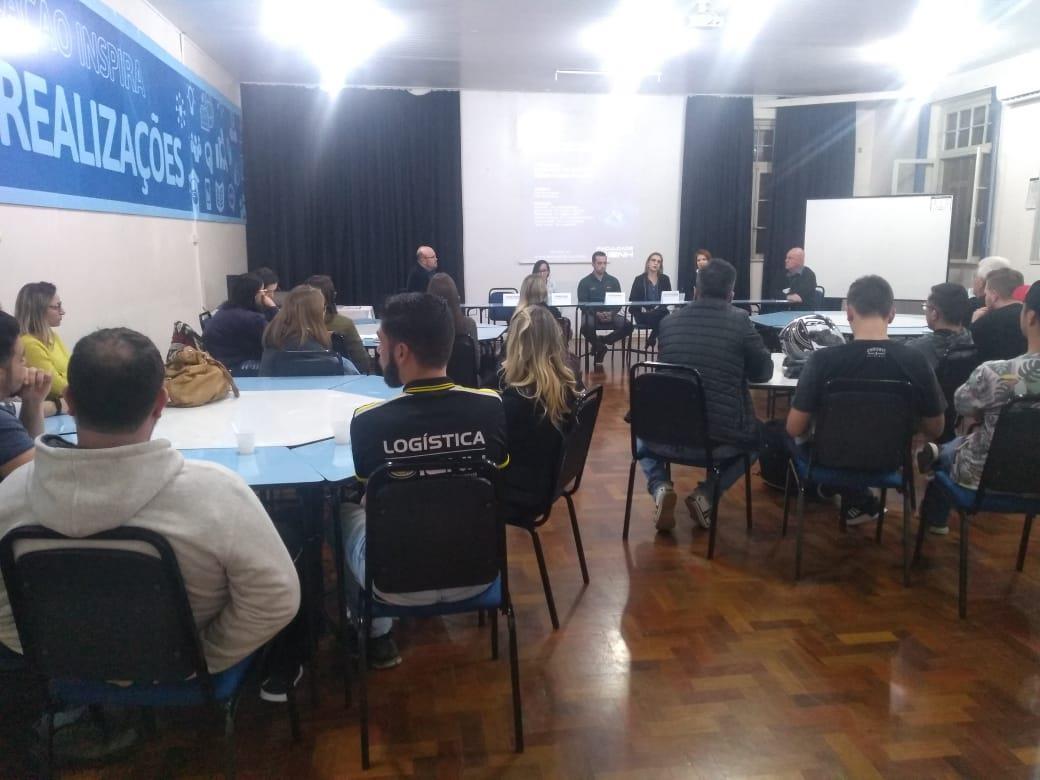 Os desafios e oportunidades em Logística e Comércio Exterior são debatidos em aula aberta na IENH