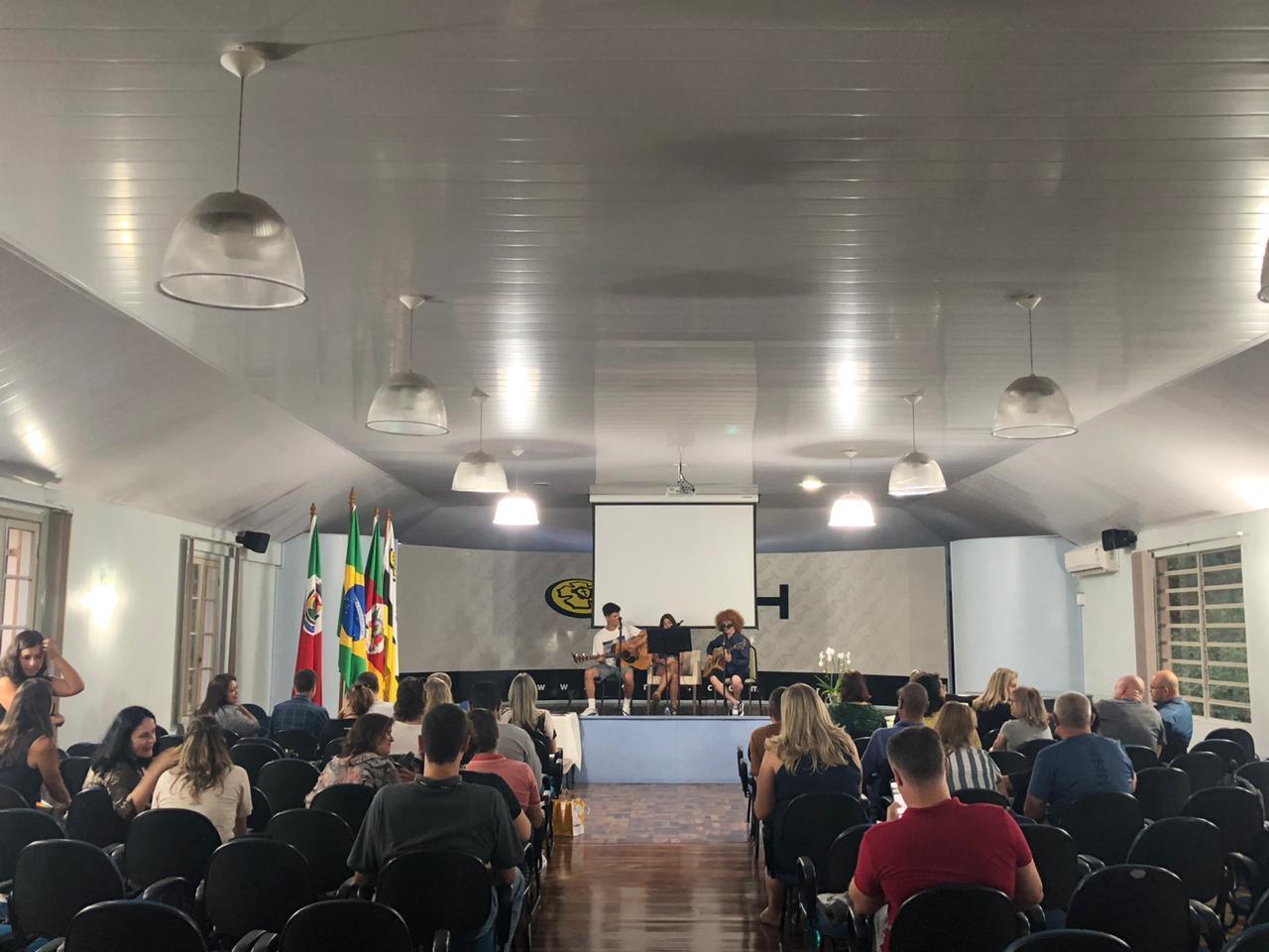 Professores dos Cursos Técnicos e Faculdade IENH participam de Seminário Pedagógico