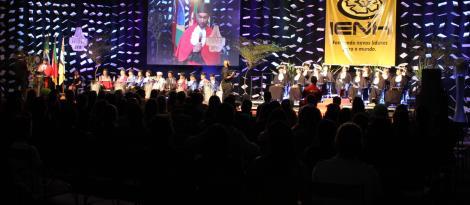 Faculdade IENH promove formatura