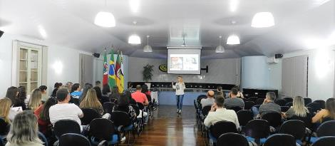IENH realiza aula aberta de Propaganda e Marketing