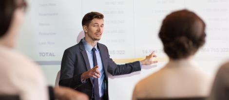 Inscrições abertas na IENH: Cursos de Extensão nas áreas de gestão, tecnologia e psicologia