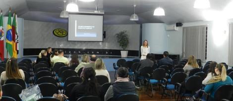 Palestra sobre Psicologia Organizacional é promovida na Faculdade IENH