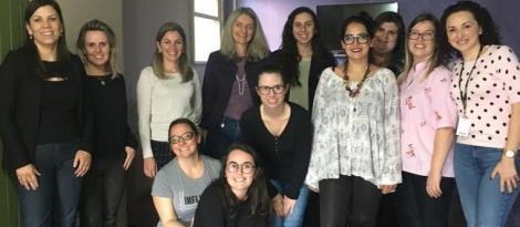 Turma do Curso de Psicologia da Faculdade IENH realiza visita técnica ao CREAS de Novo Hamburgo